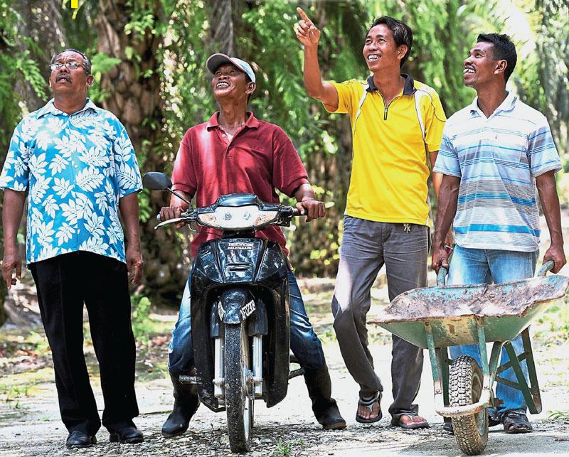 orang-asli-community-kampung-chenderong-kelubi-perak-2016